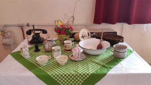 Studená kuchyně fotky stoly